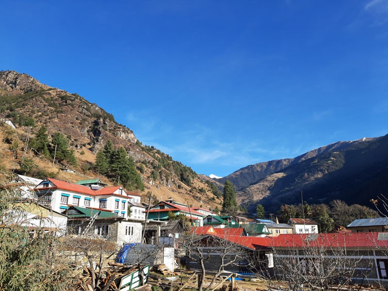 Junbesi Village(2700 M). It lies on the classic Everest Base Camp Trek route which was once very popular.