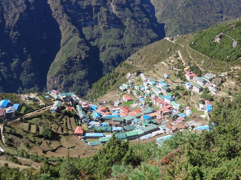 Namche Bazar (3440 M), the hub of the Everest region